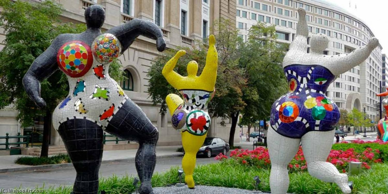 famous painting The three graces (2) of Niki De Saint Phalle
